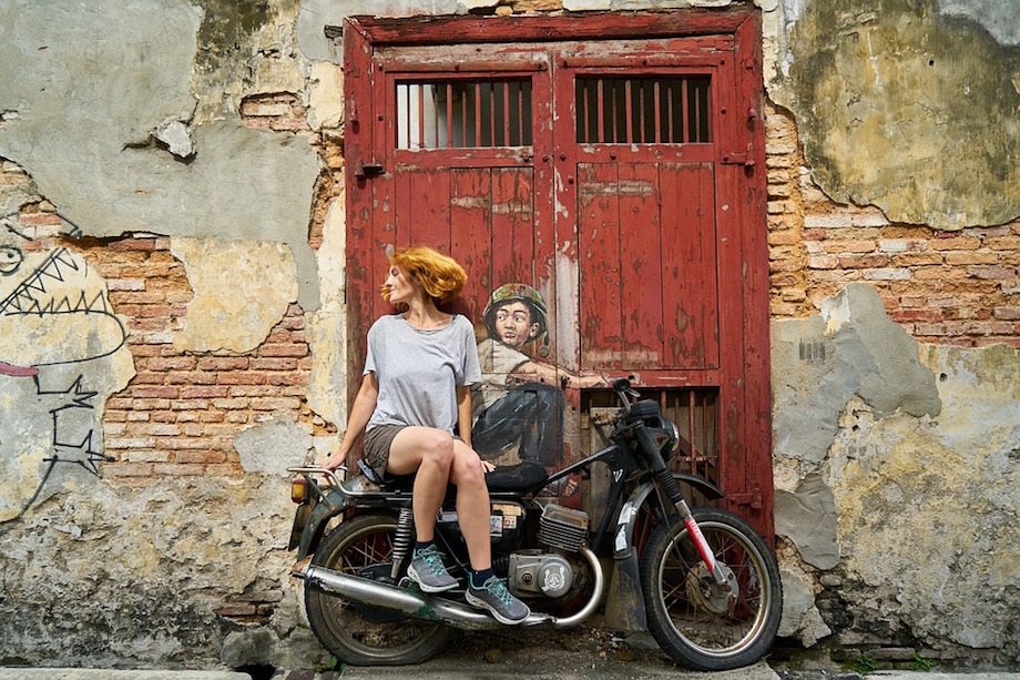 motorcycle-woman-solo-travel-with-jane